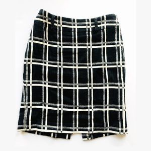 Ann Taylor black and white lined pencil skirt 4